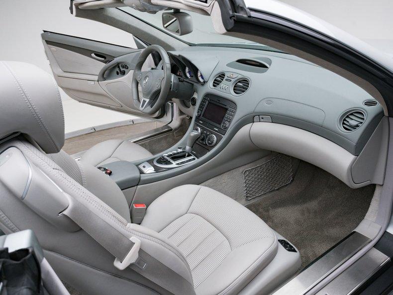 2009 Mercedes-Benz SL63 AMG 36
