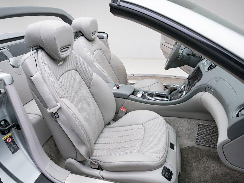 2009 Mercedes-Benz SL63 AMG 37