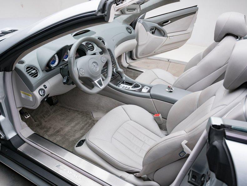 2009 Mercedes-Benz SL63 AMG 35