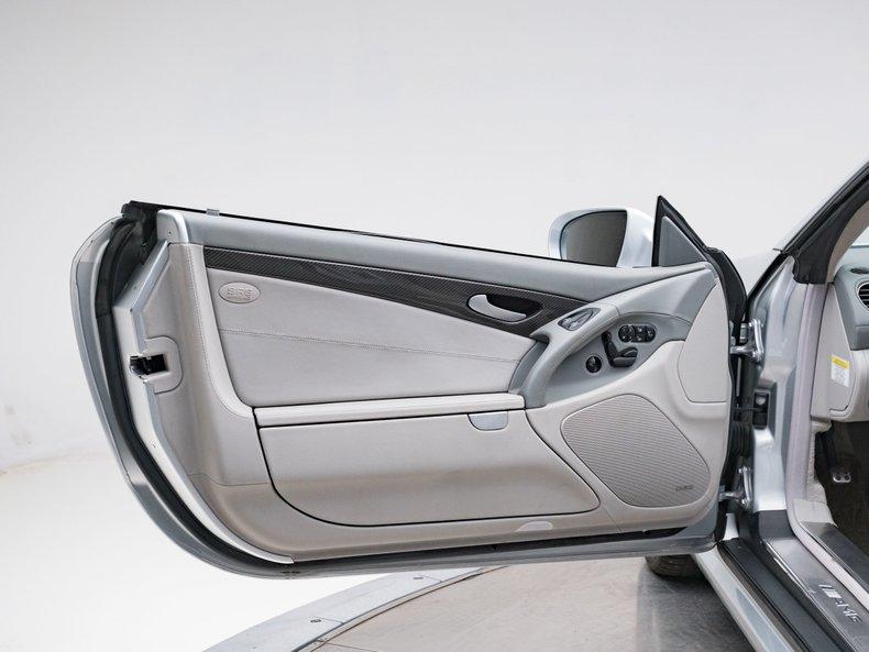 2009 Mercedes-Benz SL63 AMG 29
