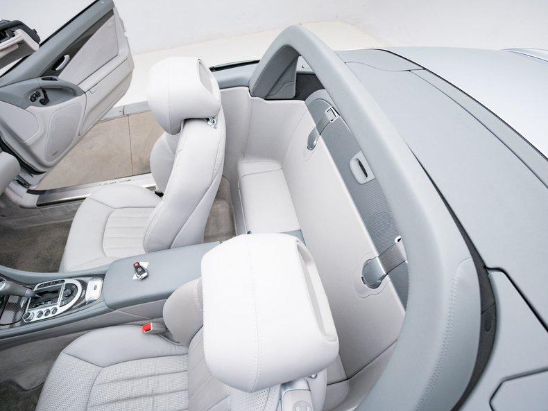 2009 Mercedes-Benz SL63 AMG 40