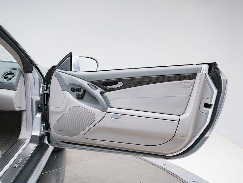 2009 Mercedes-Benz SL63 AMG 30