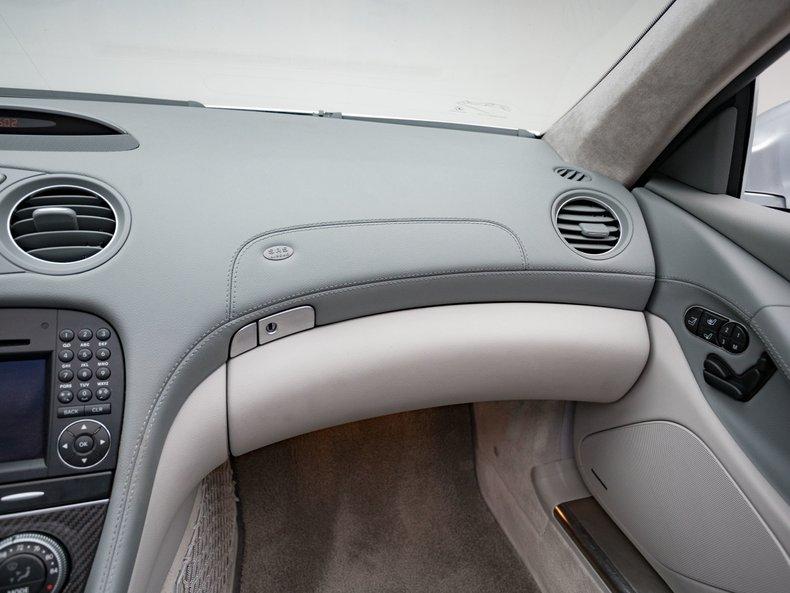2009 Mercedes-Benz SL63 AMG 34