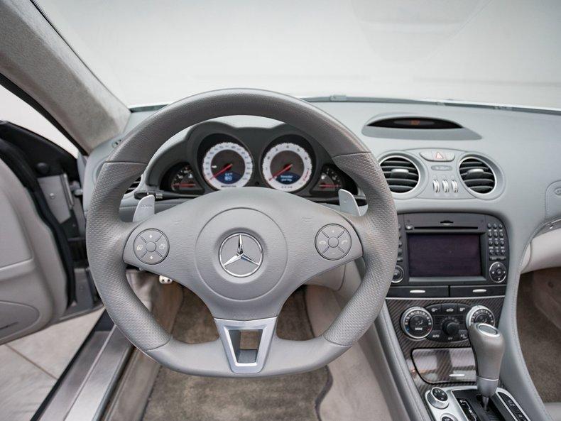 2009 Mercedes-Benz SL63 AMG 31