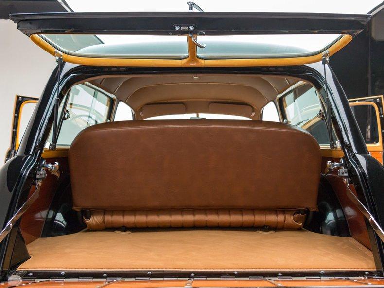 1949 Ford Custom 29