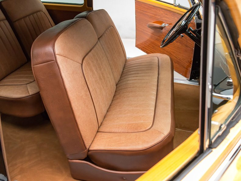 1949 Ford Custom 22