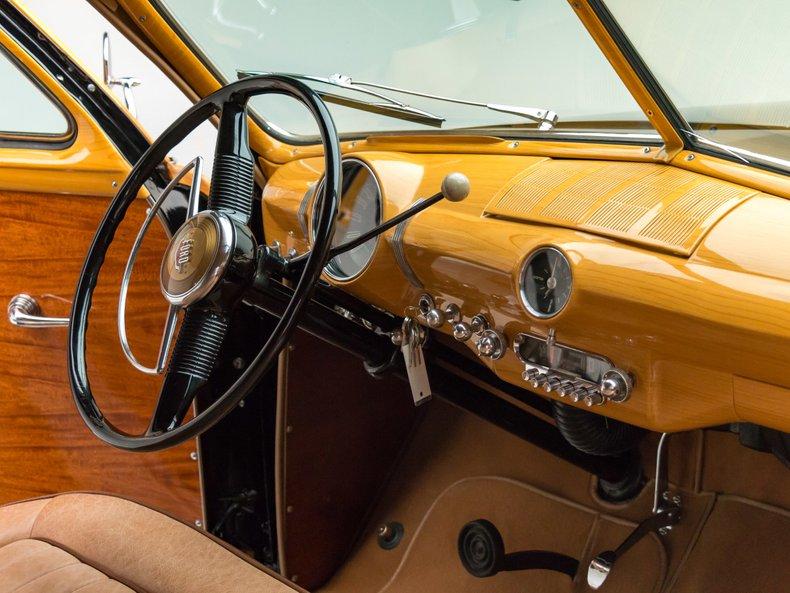 1949 Ford Custom 42