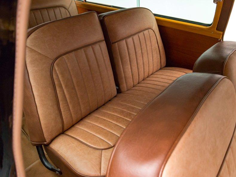1949 Ford Custom 23