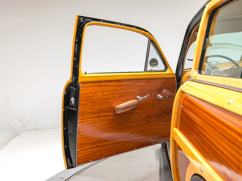1949 Ford Custom 17