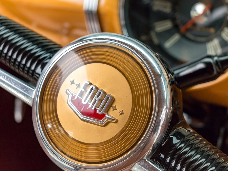 1949 Ford Custom 35