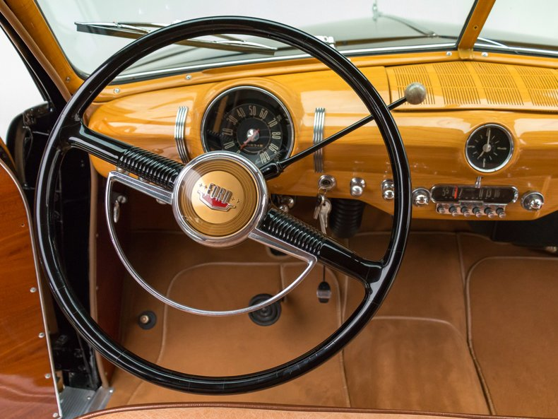 1949 Ford Custom 34