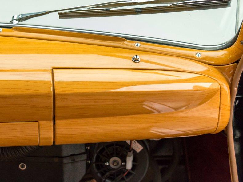 1949 Ford Custom 38