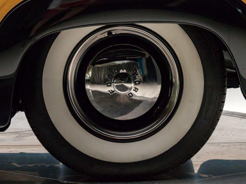 1949 Ford Custom 16
