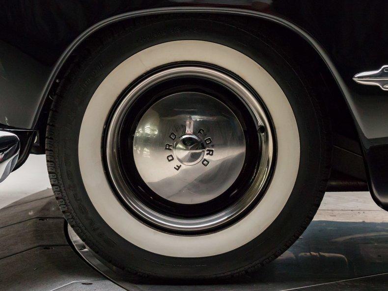 1949 Ford Custom 15