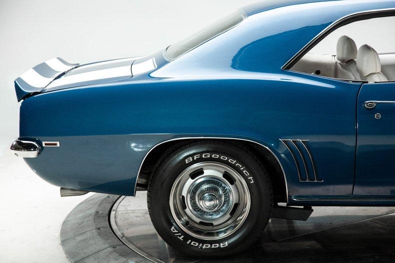 1969 Chevrolet Camaro 16