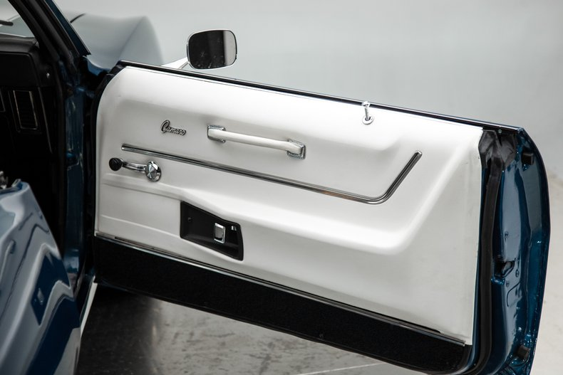 1969 Chevrolet Camaro 28