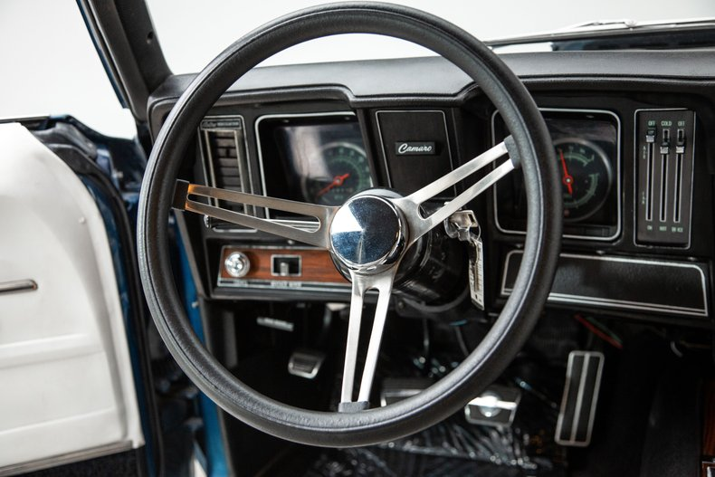 1969 Chevrolet Camaro 26