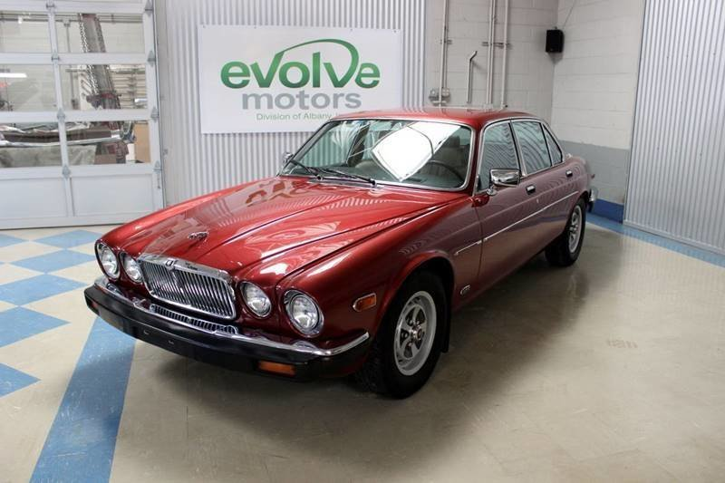 1987 jaguar xj series xj6 vanden plas 4dr sedan