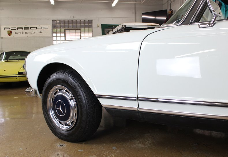 For Sale 1967 Mercedes-Benz 250SL