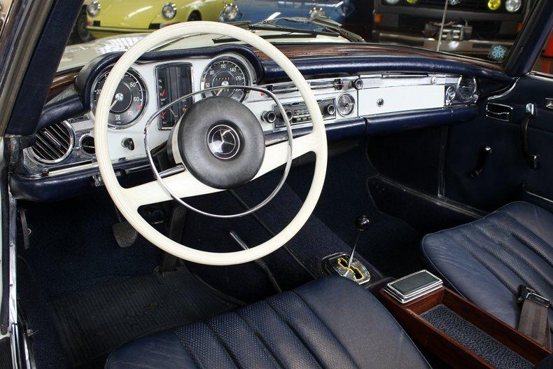 For Sale 1967 Mercedes-Benz 250SL