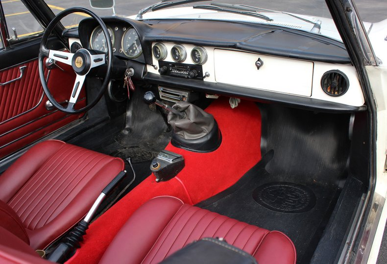 For Sale 1967 Alfa Romeo Duetto