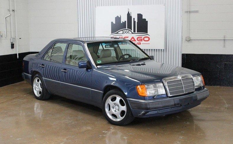 1992 Mercedes Benz 400E