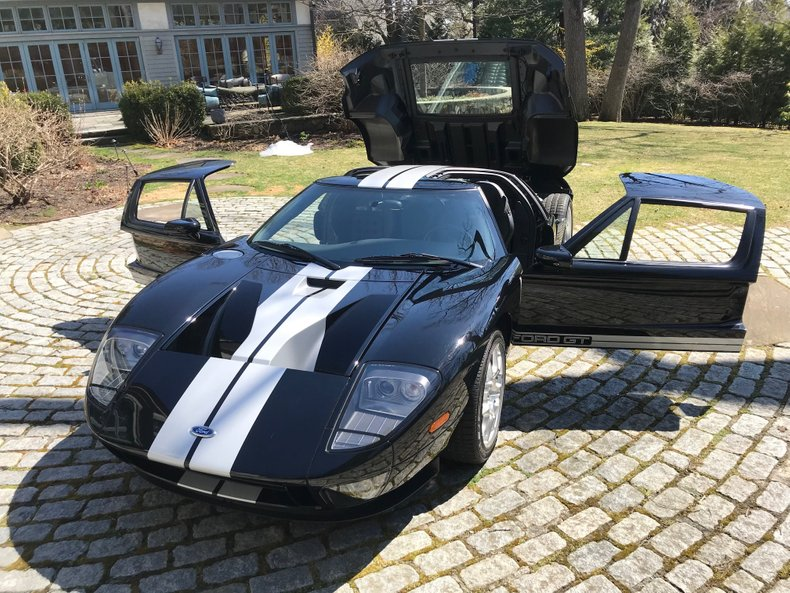 2006 Ford GT 24