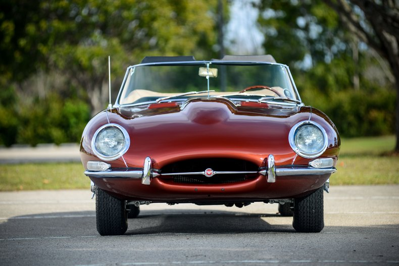 1966 Jaguar E-Type 6