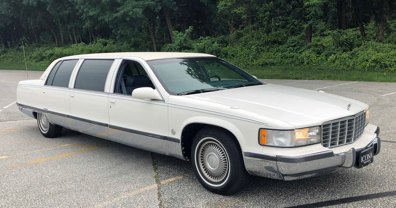 1996 cadillac limousine fleetwood