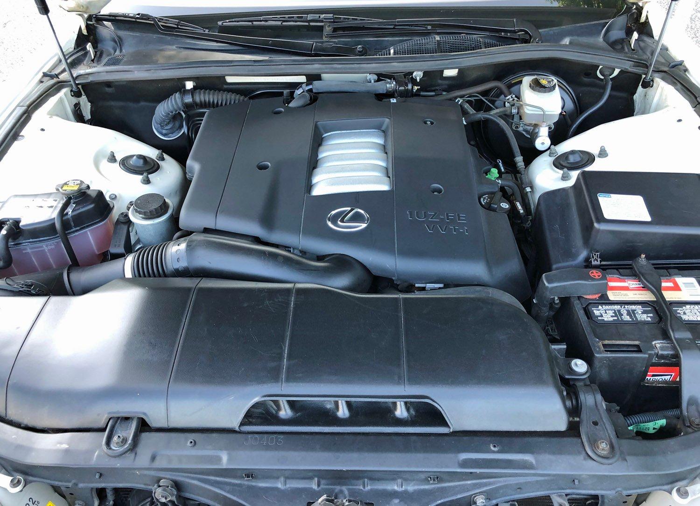 2000 Lexus LS400