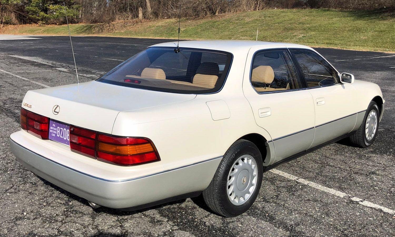 1990 Lexus LS400