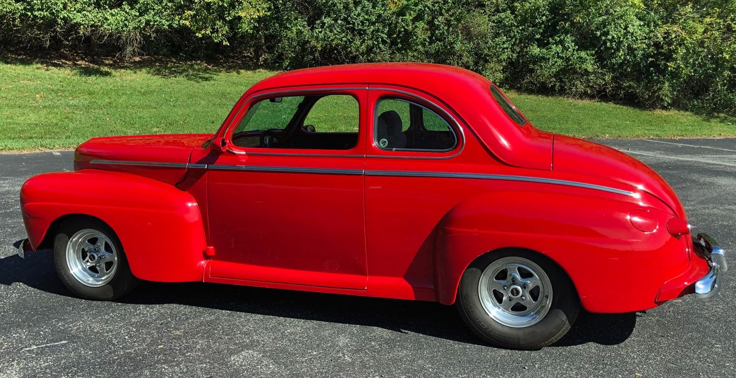 1946 Ford Deluxe