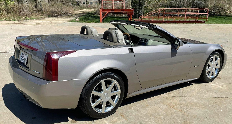 2004 Cadillac XLR