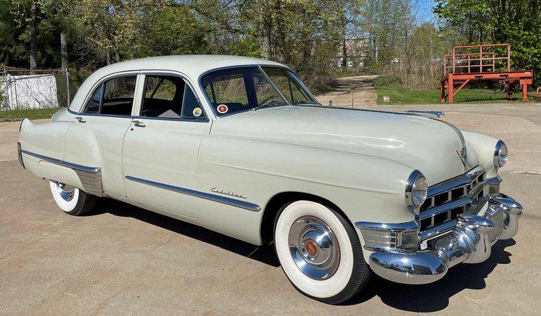 1949 cadillac series 61 sedan
