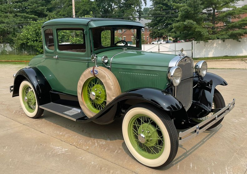 1930 ford model a deluxe coupe with rumble seat