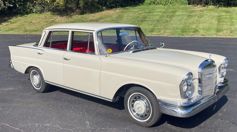 1962 mercedes benz 220 sb fin tail sedan