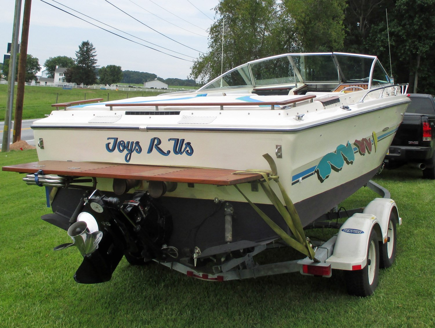 1977 Sea Ray 22 Cuddy