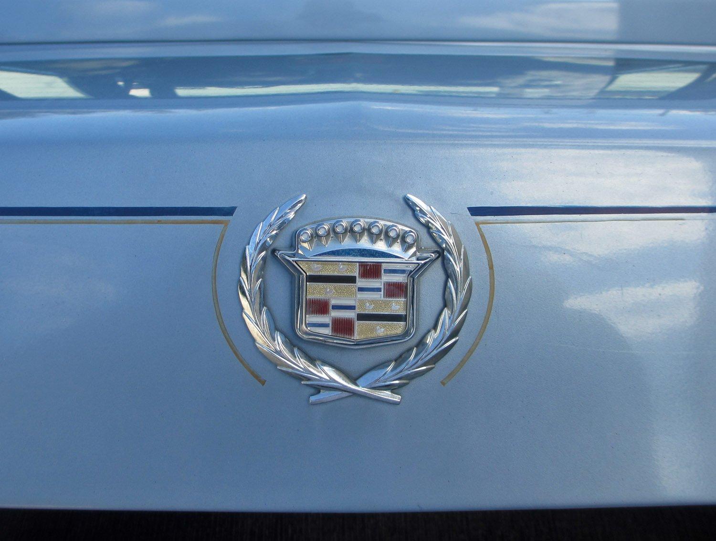 1987 Cadillac Sedan DeVille