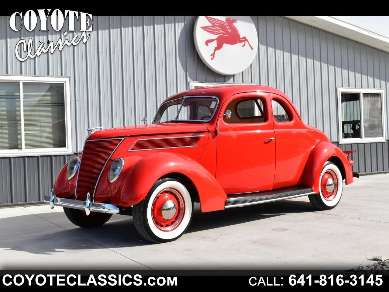 1937 Ford DELUXE COUPE