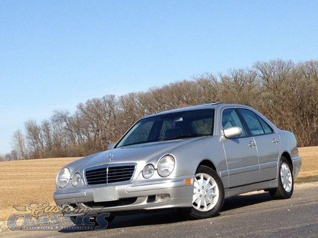 2001 Mercedes E320