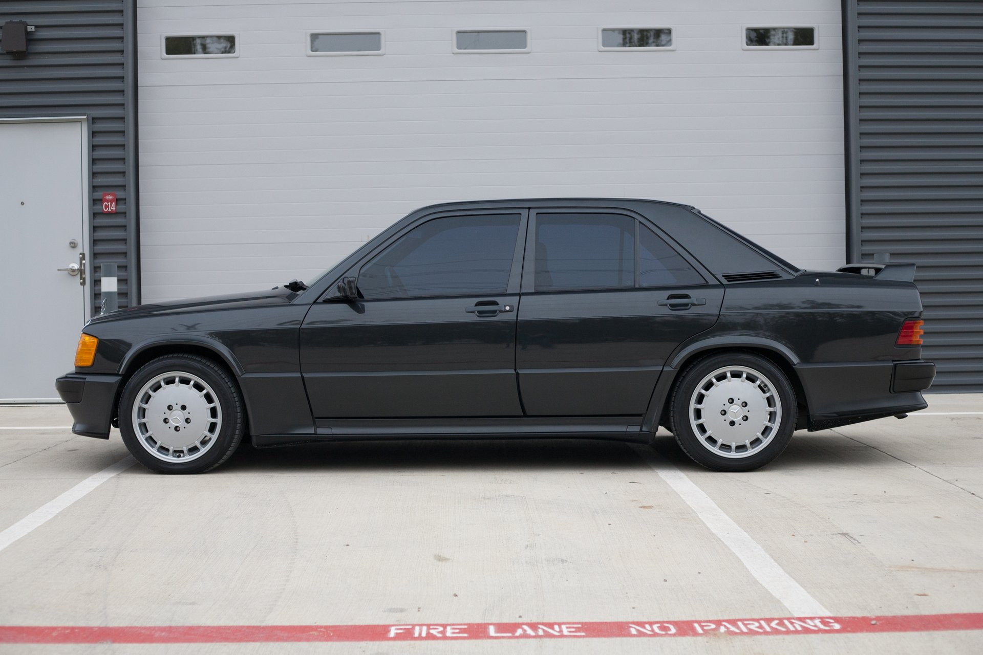 1986 mercedes benz 190 series 4dr sedan 190e 16v 2 3