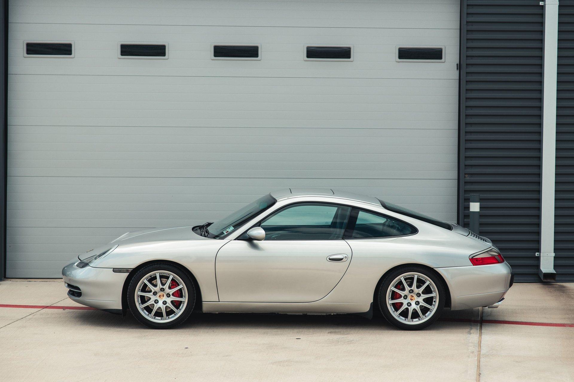 1999 porsche 911 carrera 2dr carrera cpe 6 spd manual