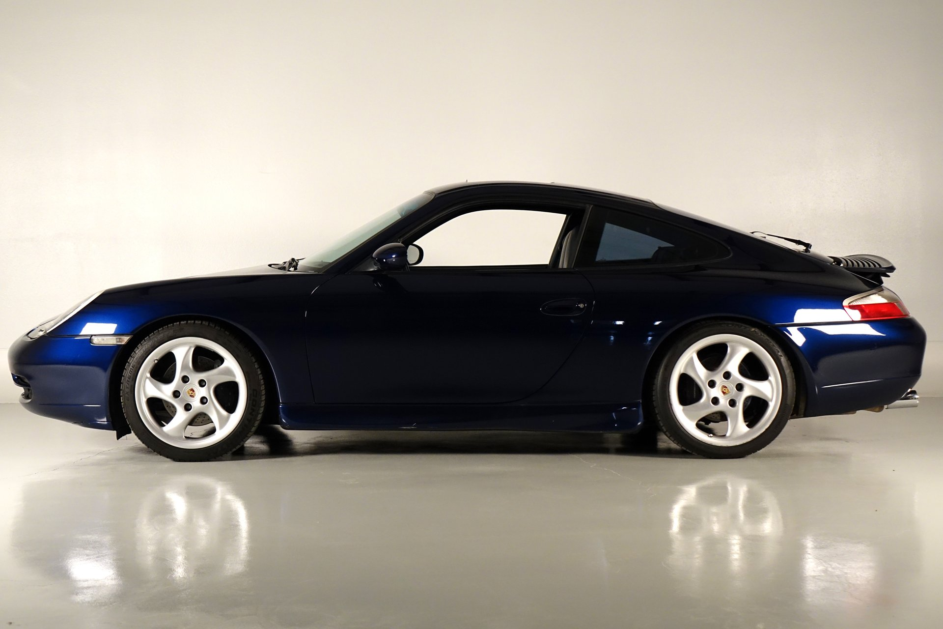 2001 porsche 911 carrera 2dr carrera cpe 6 spd manual