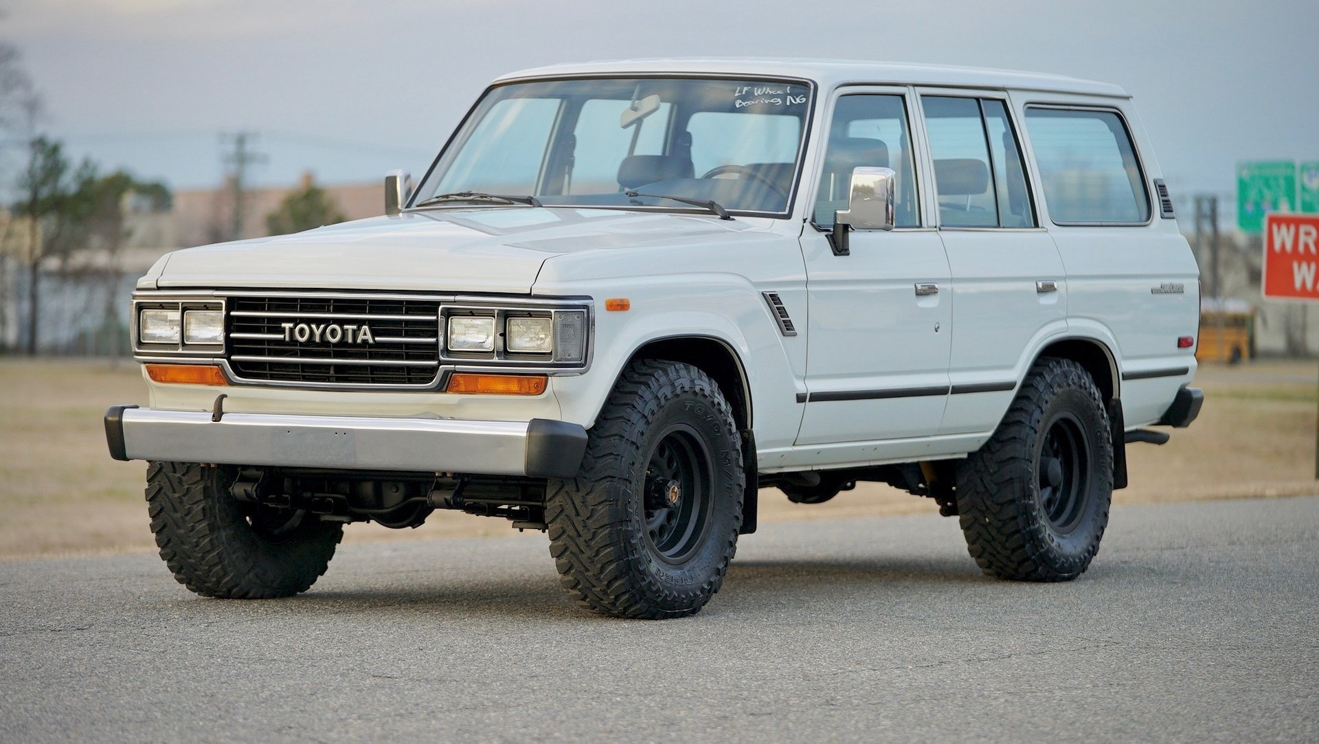 1989 toyota land cruiser fj62 wagon
