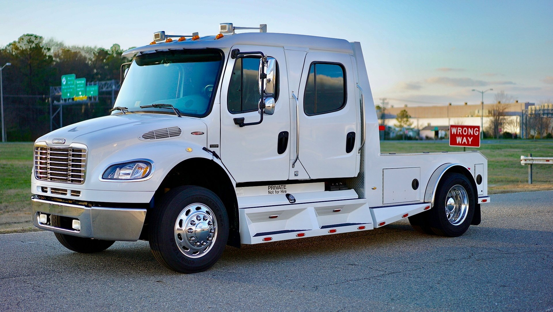 2006 freightliner m2 sportchassis