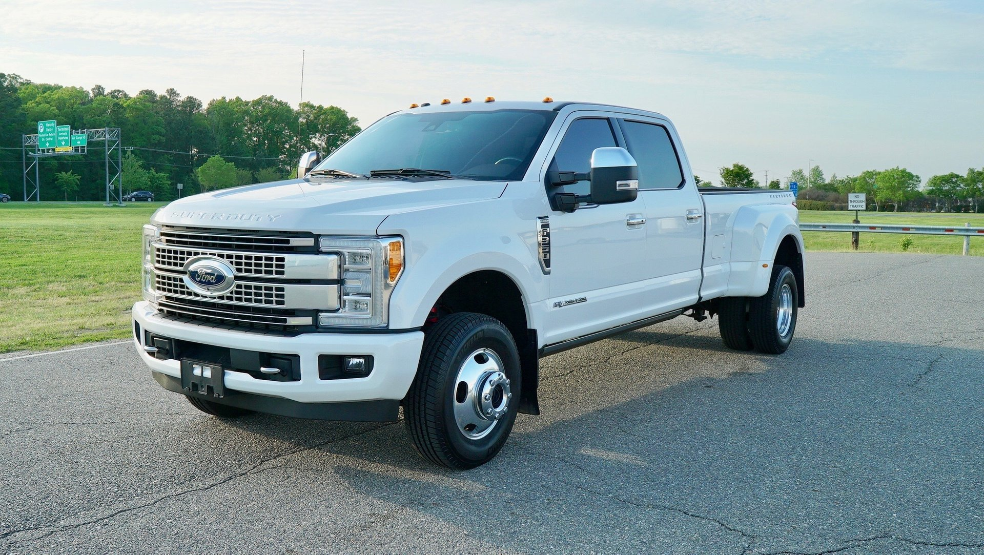 2017 ford super duty f 350 drw platinum