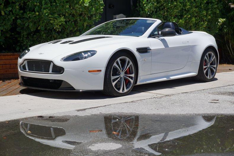 2015 Aston Martin Vantage V12 S Roadster