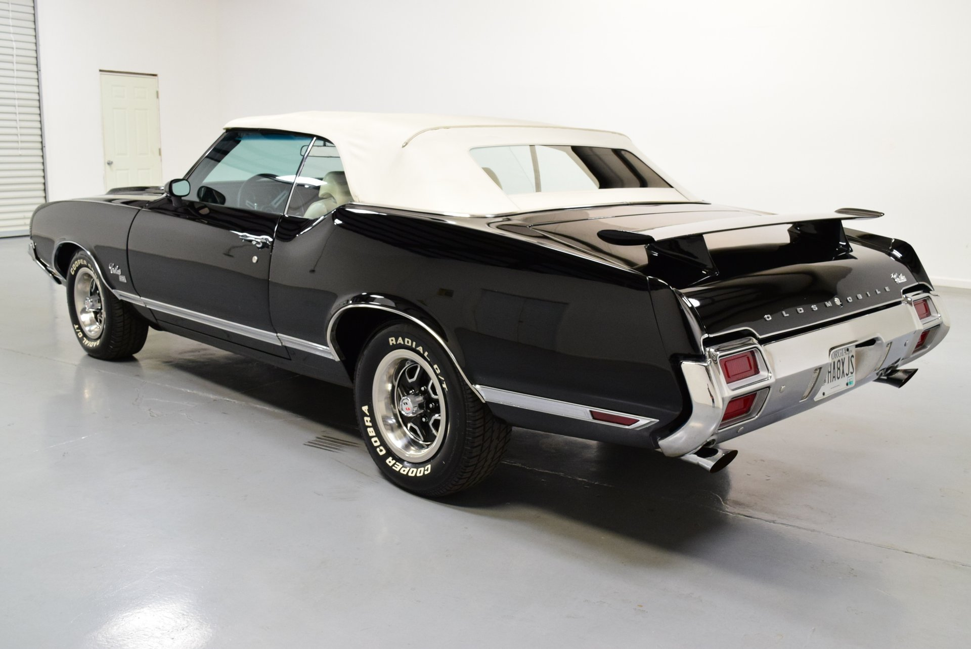 1971 Oldsmobile Cutlass | Shelton Classics & Performance