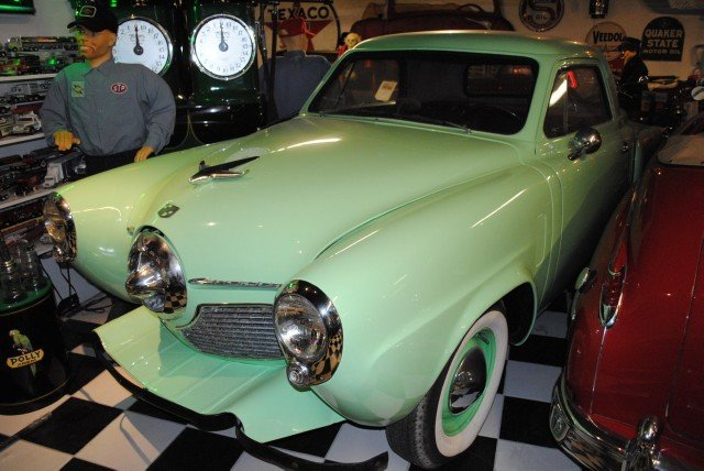 1951 Studebaker CHAMPION -- 1951 Studebaker CHAMPION