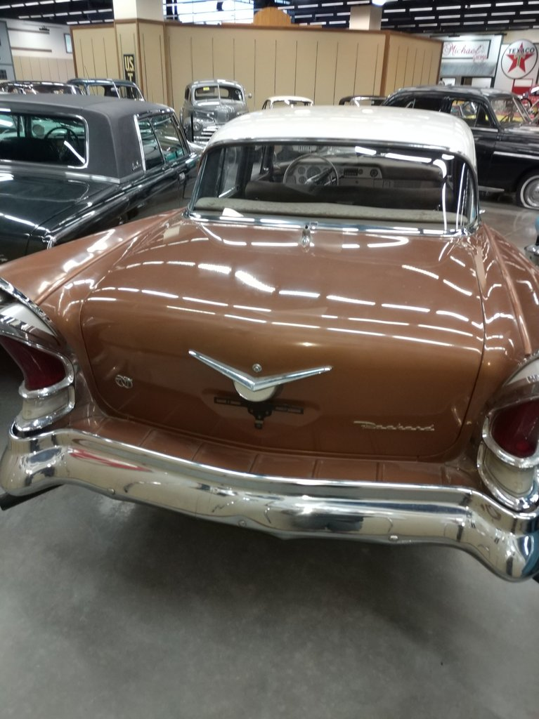 1958 Packard SEDAN